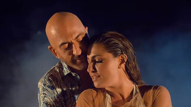 Serhat ve Helena Paparizou'dan 'Eurovision' düeti: 'Total Disguise'