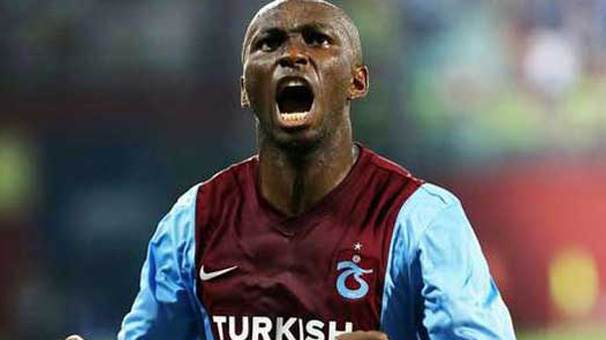 5- Stephane Mbia