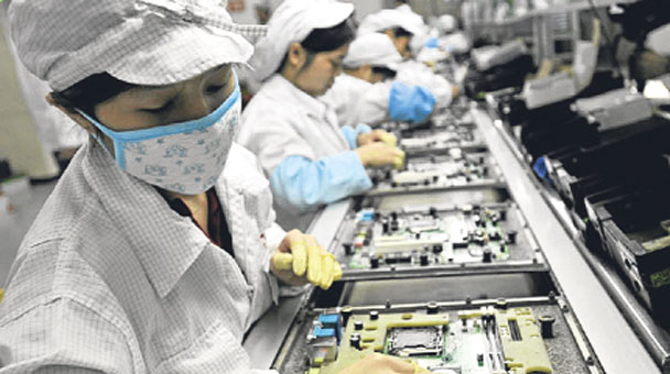 foxconn pestle Pestle analysis of apple (external) minimum wage has increased in china which leads to higher costs for apple to pay their workers at foxconn.