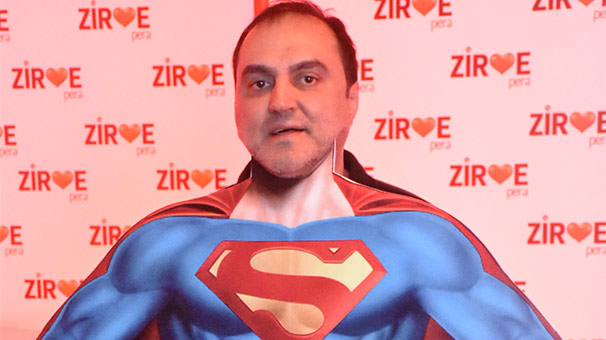 'Eğlencenin Superman'iyim'